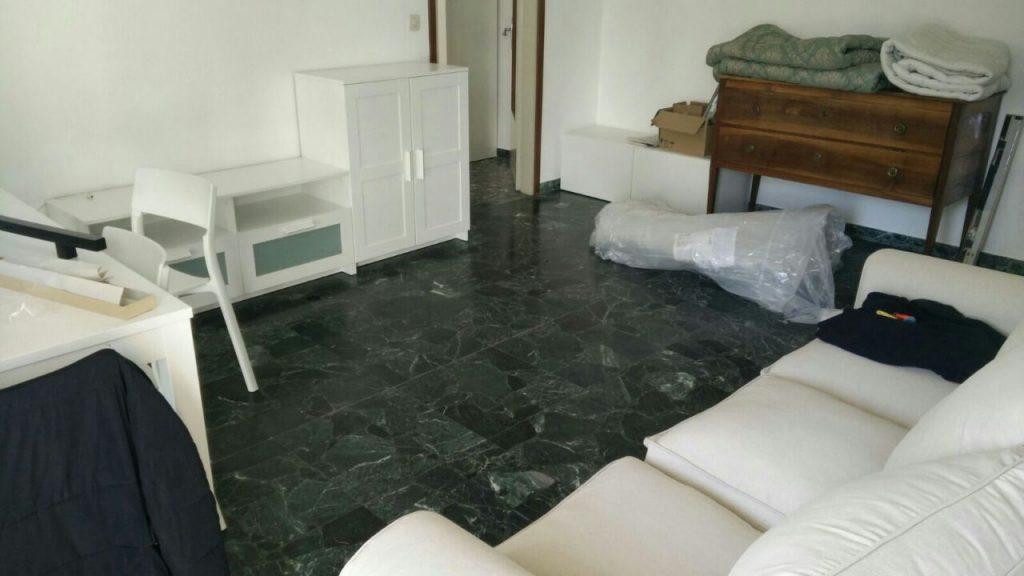 Arredi Ikea-Soggiorno in appartamento